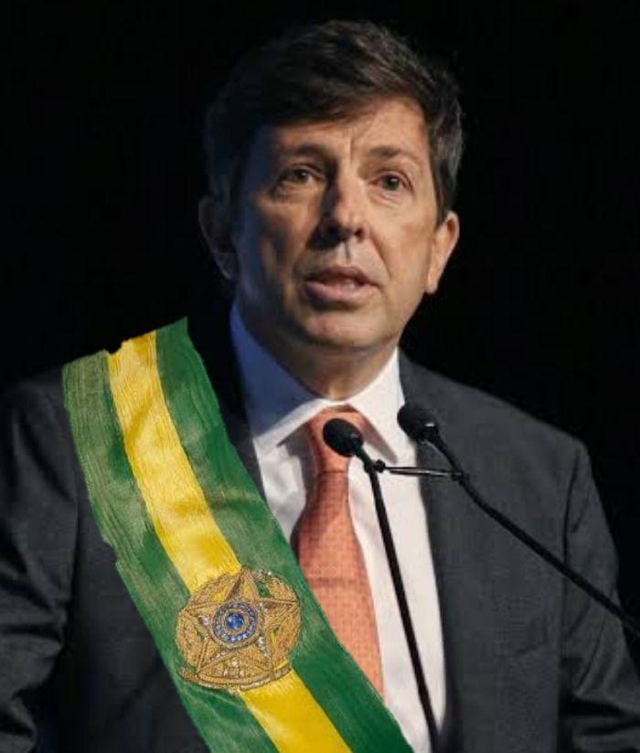 João Amoedo candidato forte a presidência em 2022 ?