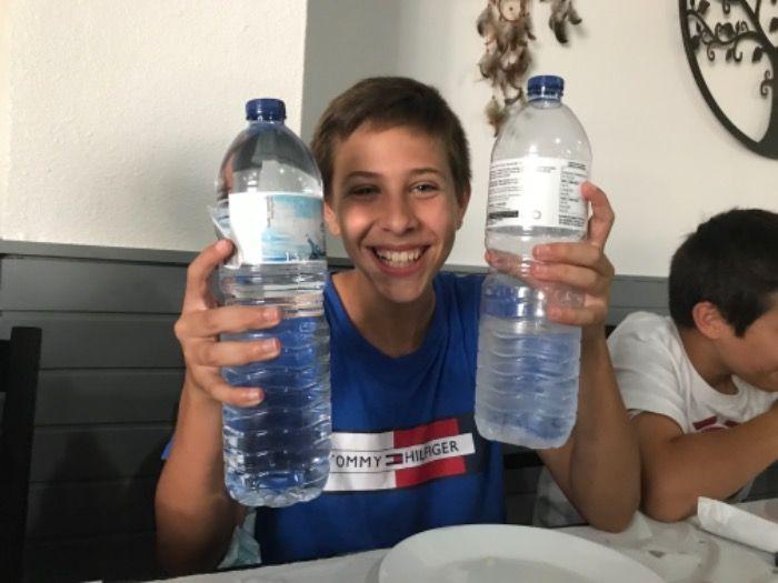 Isaac incentiva milhões a beberem água em vez de Coca Cola