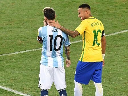 Neymar diz que não vai jogar o jogo contra a argentina por conta de sua forma fisica