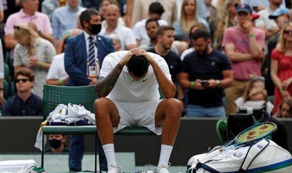 Nick Kyrgios forçado a abandonar o Wimbledon devido a lesão