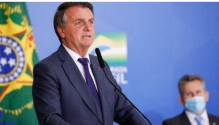 Bolsonaro processa